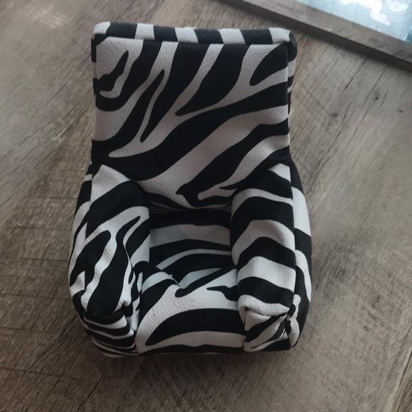 Fine Zebra Cellphone Holder Pdpeps Interior Chair Design Pdpepsorg
